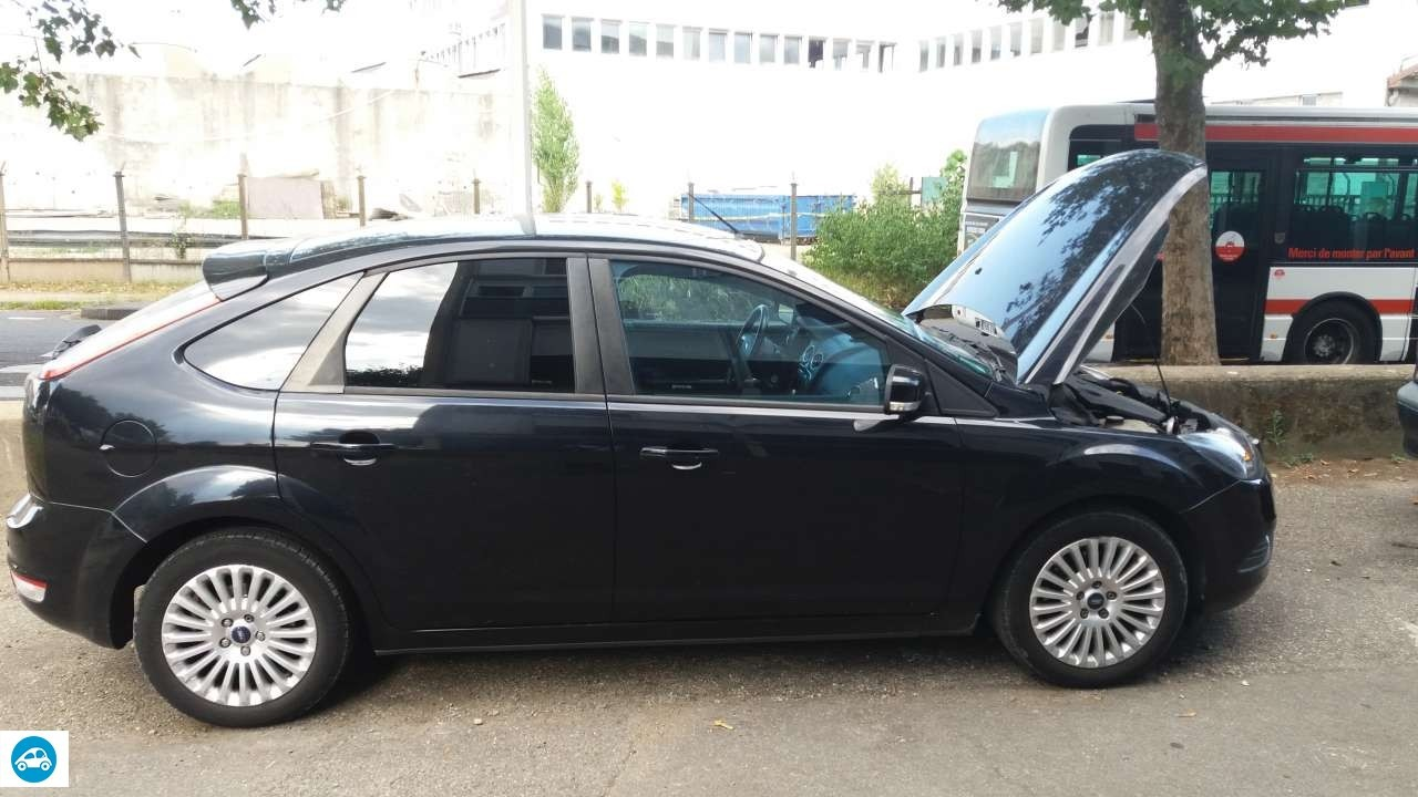 achat ford focus ii phase 2 hatchback 1 8 tdi 2010 d 39 occasion pas cher 7 500. Black Bedroom Furniture Sets. Home Design Ideas