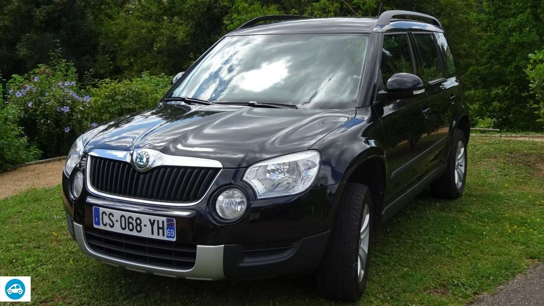 achat skoda yeti 4x4 ambition 2 0 tdi 2013 d 39 occasion pas cher 19 000. Black Bedroom Furniture Sets. Home Design Ideas