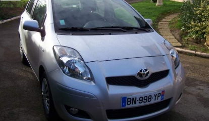 TOYOTA YARIS 5P MC 90D 4 D