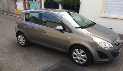 Opel Corsa 1.4 L Twinport Edition 2011