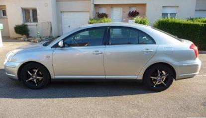 Toyota Avensis 2003
