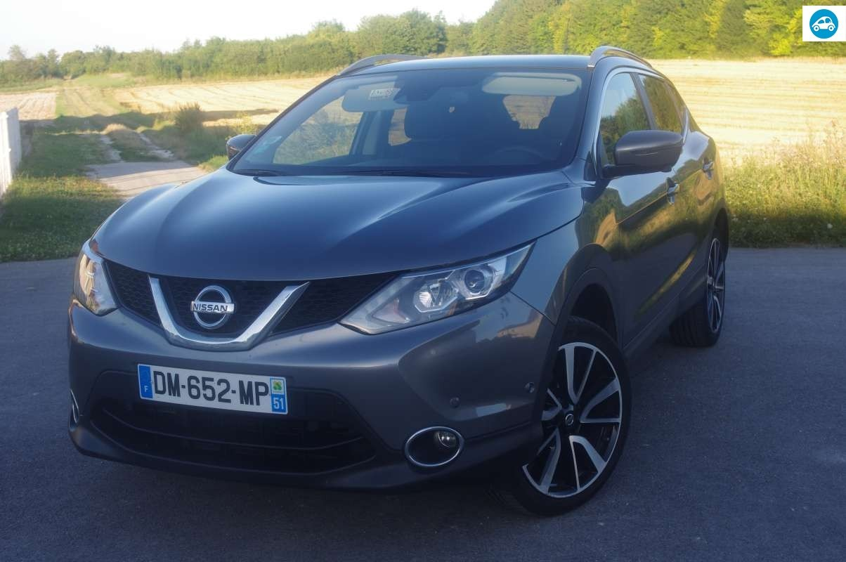 achat nissan qashqai 1 6 dci tekna 2015 d 39 occasion pas cher 19 500. Black Bedroom Furniture Sets. Home Design Ideas