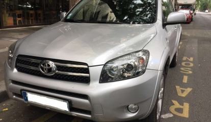 Toyota Rav 4 III 177 D-4D Clean power 2009