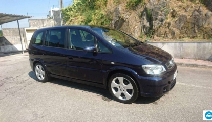 Opel Zafira 2.2 DTI Design Edition 2003