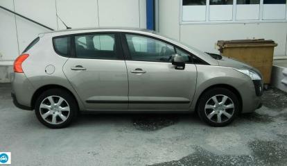 Peugeot 3008 EHDI 2011