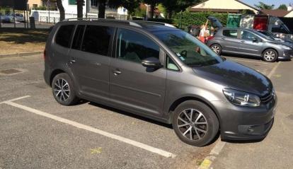 Volkswagen Touran 1.6 TDI Conforline 2012