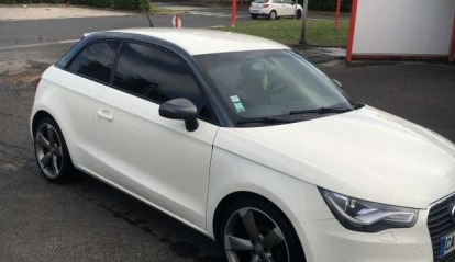 Audi A1 1.6 TDI Ambition luxe S-Tronic 2012