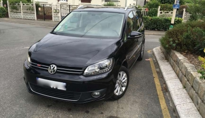Volkswagen Touran Carat 1.6 Bluemotion 2011