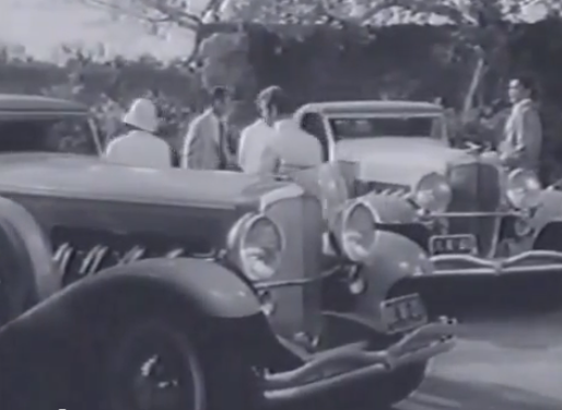 Des Duesenberg furent aussi utilisées à tort pour le film de 1948, mais elles étaient vraies