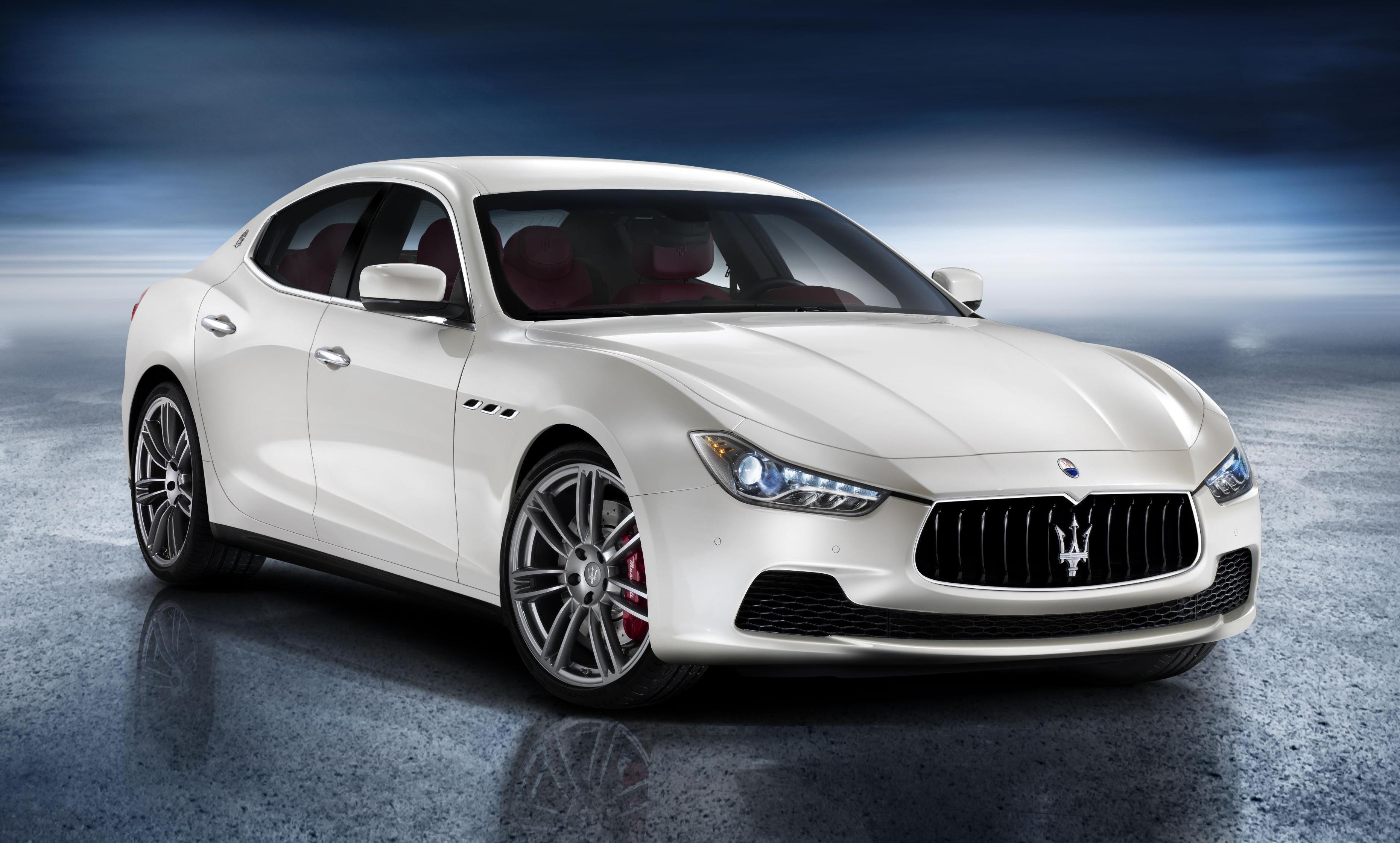 Maserati Ghibli - la Tesla S qui hurle-2