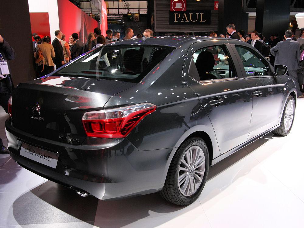 La Russie pourrait interdire l'importation de voitures de l'UE et des US