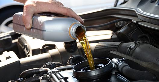 entretien-auto-niveau-huile