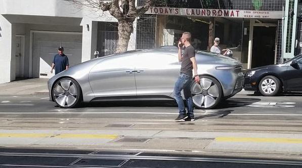 Mercedes réinvente le marketing