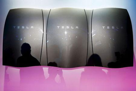 "La ""startup"" Tesla a trouvé son business model"