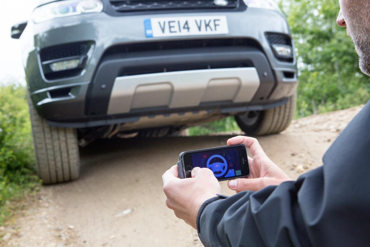 Ce Range Rover Prototype peut être conduit avec une application Smartphone