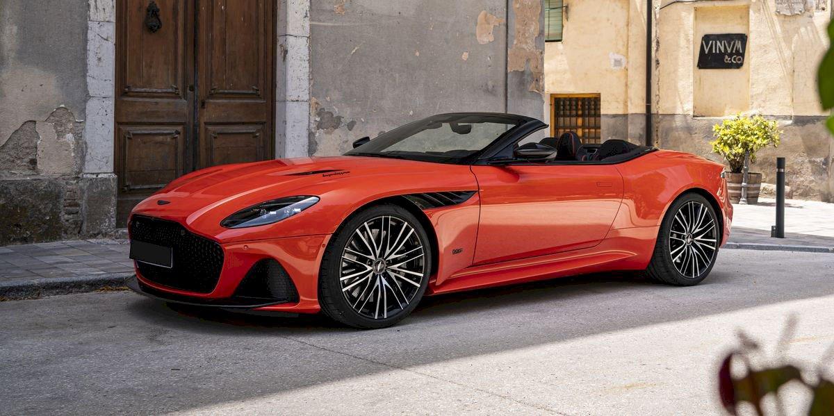Assurance auto pas chère pour la Aston Martin DBS Volante