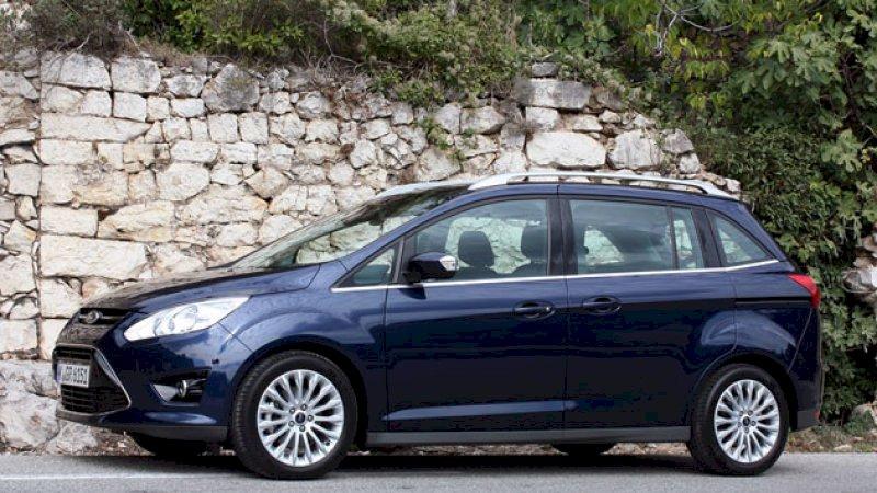 Assurance auto pas chère pour la Ford Grand C-Max