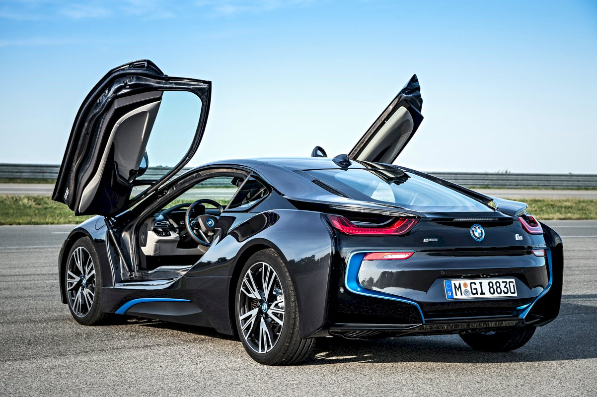 0 offres de bmw i8 au meilleur prix du march. Black Bedroom Furniture Sets. Home Design Ideas