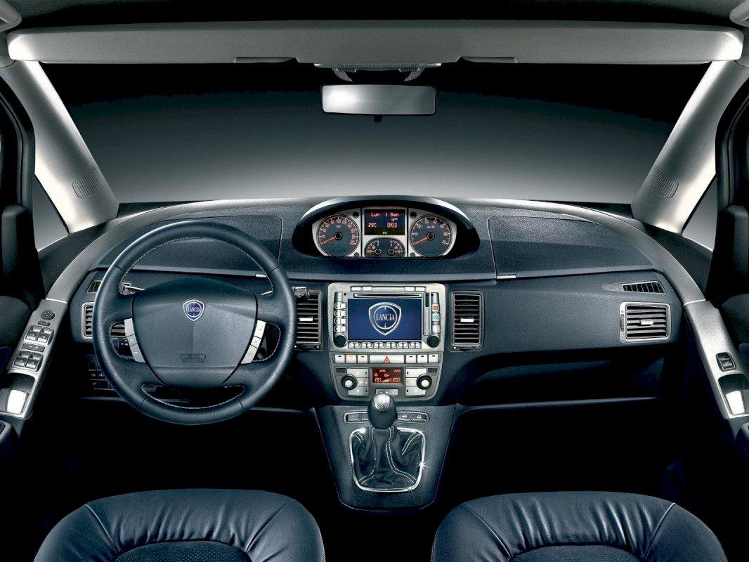 Assurance auto pas chère pour la Lancia MUSA