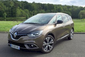Renault Grand Scenic IV TCE 140 FAP LIMITED 7 PLACES