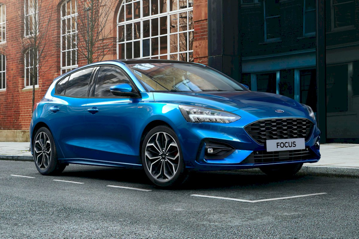 FORD FOCUS III 1.0 ECOBOOST 100 TREND