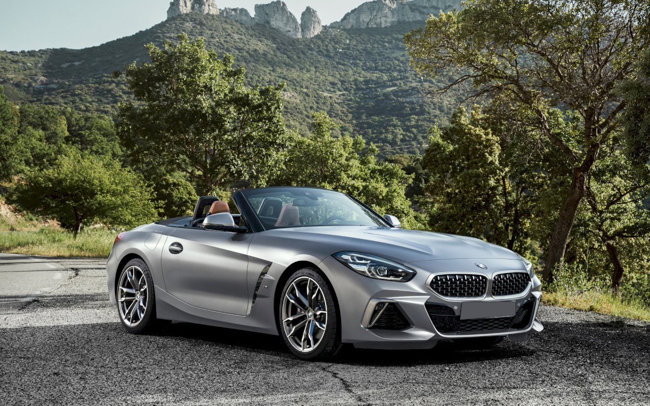 2 offres de bmw z4 roadster au meilleur prix du march. Black Bedroom Furniture Sets. Home Design Ideas