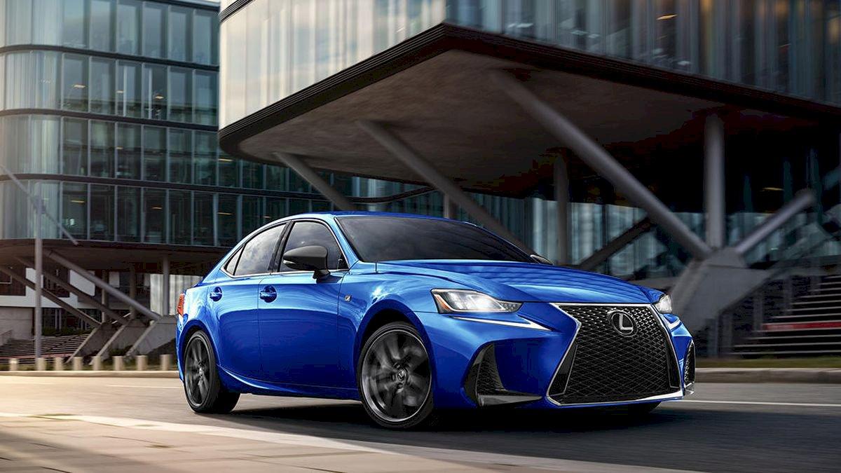 Assurance auto pas chère pour la Lexus IS