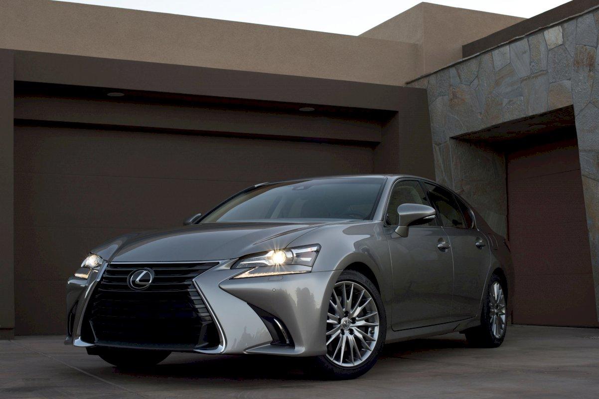 Assurance auto pas chère pour la Lexus IS Nouveau